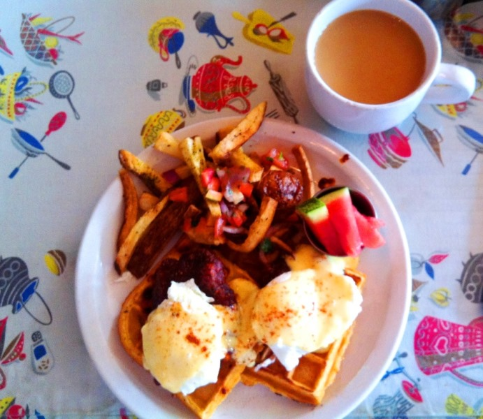 PaulaReyne.com Hot Chicken Eggs Benedict 691x600