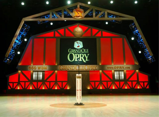 PaulaReyn.com Grand Ole Opry 640x470